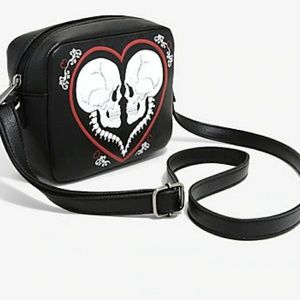 LOUNGEFLY skull heart purse